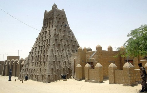 <p>An Islamic center and mosque in Timbuktu. Islamists from a hardline group occupying lawless northern Mali have destroyed a 15th century shrine to a Muslim saint in the fabled city of Timbuktu, witnesses told AFP.</p>