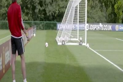 Gareth Bale scores behind the net wonder goal in practice