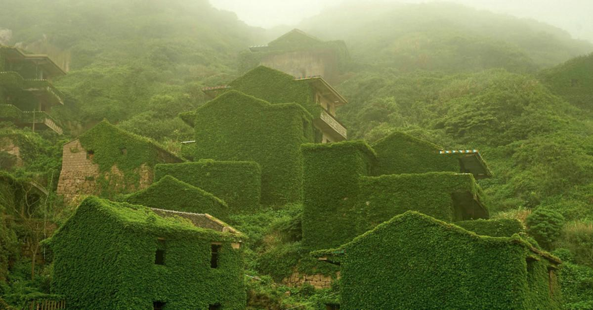 Nature Reclaims This Abandoned Chinese Village