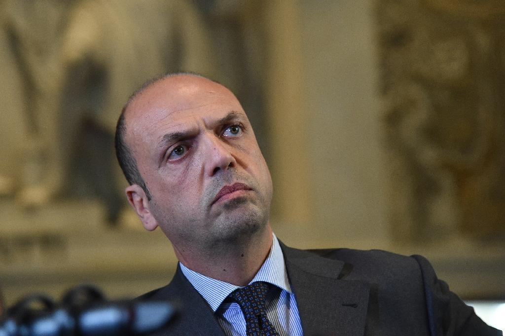 Rome district council dissolved due to mafia influence fears