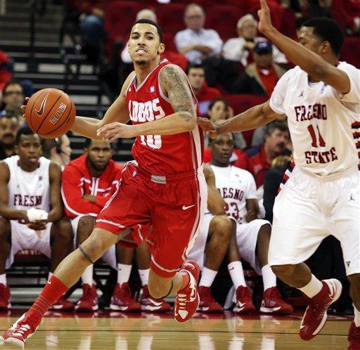 No. 19 New Mexico rallies past Fresno State 54-48