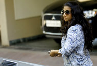Bollywood actress Vidya Balan leaves the residence of actor Sanjay Dutt in Mumbai, India, Thursday, March 21, 2013. India&#39;s Supreme Court on Thursday upheld the weapons conviction of Dutt and ordered him to report to prison within four weeks in a case linked to the deadliest terror attack in Indian history. Dutt&#39;s failed appeal of his conviction was part of a broader ruling by the Supreme Court on cases stemming from the 1993 bombings that killed 257 people in the financial hub of Mumbai. (AP Photo/Rafiq Maqbool)