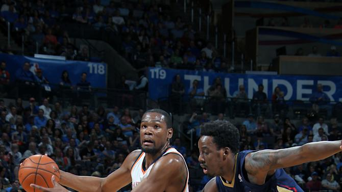 Durant, Westbrook lead Thunder past Pelicans