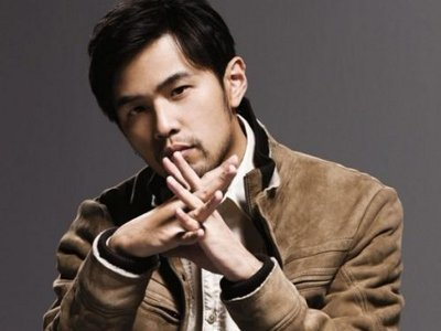 Jay Chou disses paparazzo due to offensive questions