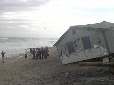 Raw: Homes 'washed out to sea' in Rhode Island