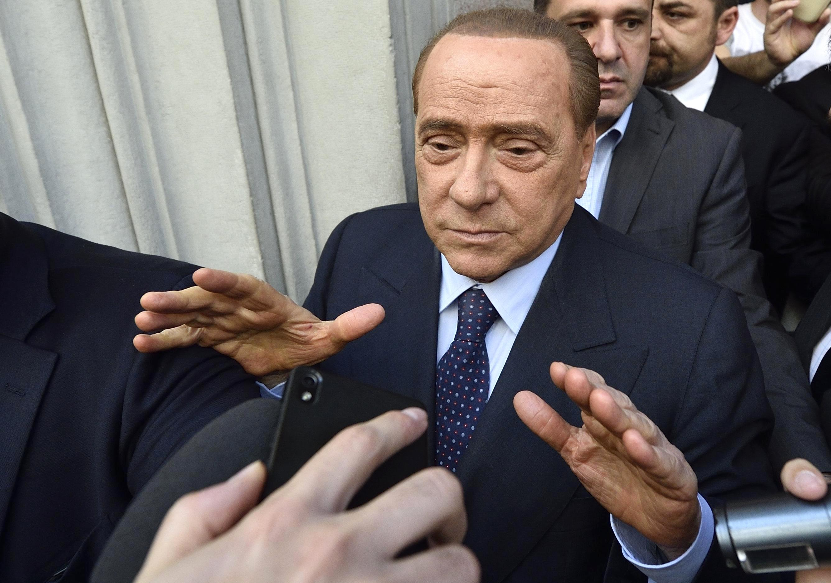 Berlusconi in talks to sell stake in Milan to Thai investor