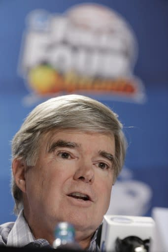 NCAA, Emmert face tough agenda at board meeting