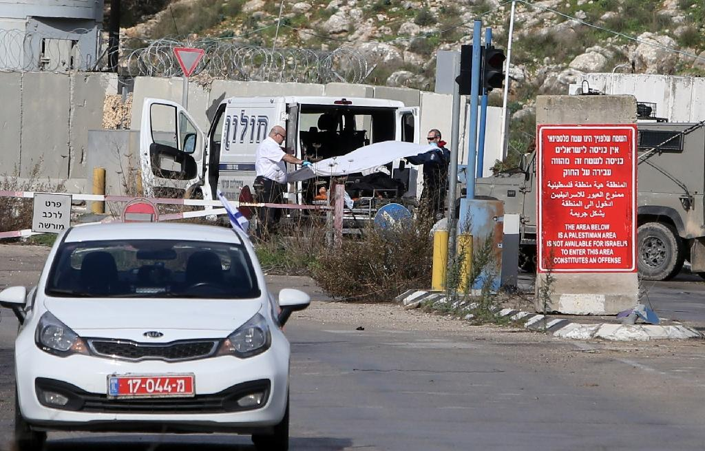Two stabbing attempts near settlements, attackers killed: Israel