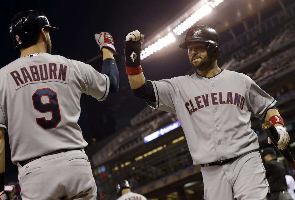 Cleveland has 17 hits in 12-6 over Twins