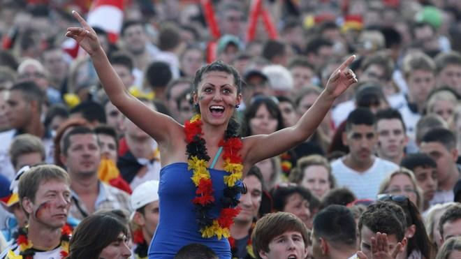 Supporters Of The German National Football Team Cheer Up Their Team AFP/Getty Images