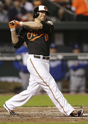 Orioles' Davis returns from DL; Wieters goes on DL