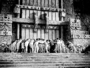 The natives of Skull Island close the gate from Warner Home Entertainment's DVD release of King Kong