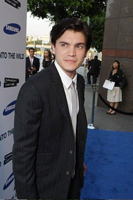 Emile Hirsch at the Los Angeles premiere of Paramount Vantage's Into the Wild