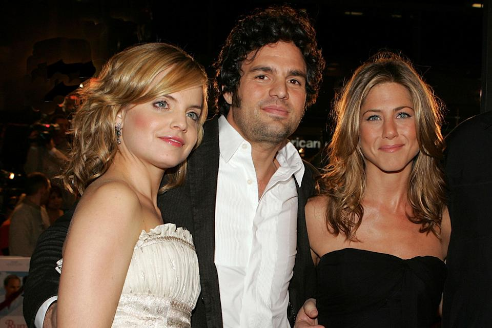 Mena Suvari Jennifer Aniston Mark Ruffalo 2005