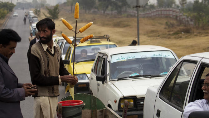 Gas shortage exposes Pakistan's energy crisis