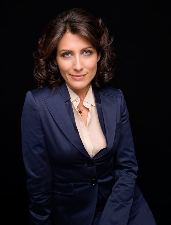 Lisa Edelstein stars as Dr. Lisa Cuddy in House.