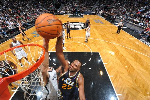 Jazz rally, then hold on to beat Nets 92-90