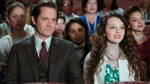 'Carrie Diaries': Stefania Owen on Playing the Younger Bradshaw and Dorrit's Surprise