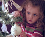 Tips for Decorating a Worry-Free Christmas Tree