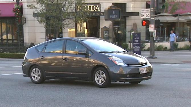 Feds want noisier hybrids, electric vehicles by design