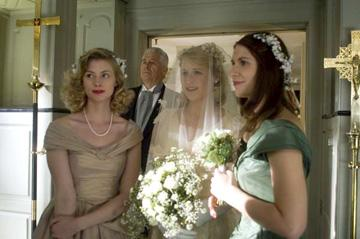 Sarah Viccellio , Barry Bostwick , Mamie Gummer and Claire Danes in Focus Features' Evening