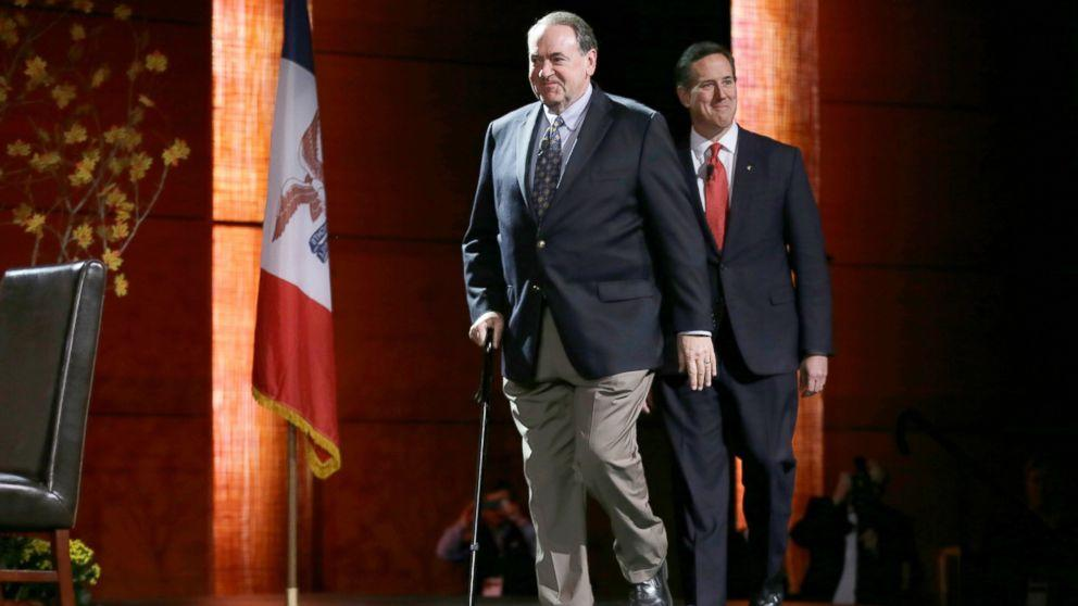 Mike Huckabee to Have Knee Surgery Over Thanksgiving Holiday