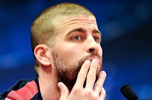 Pique: Barcelona can turn the tie around