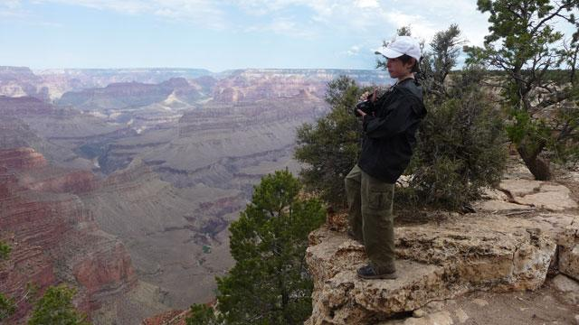 'Modern Family' Actor Tours the Grand Canyon