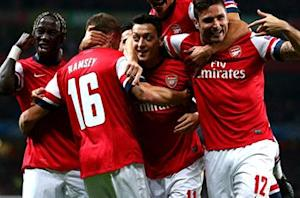 Wenger hails 'amazing' Ozil after triumph over Napoli