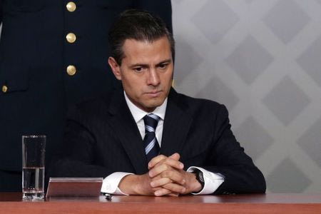 Mired in crisis, Mexican president aided by discredited opposition