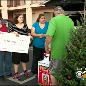 KEARTH-101 Brightens Azusa Family's Christmas