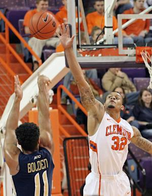 Roper's 12 leads Clemson to 45-41 win