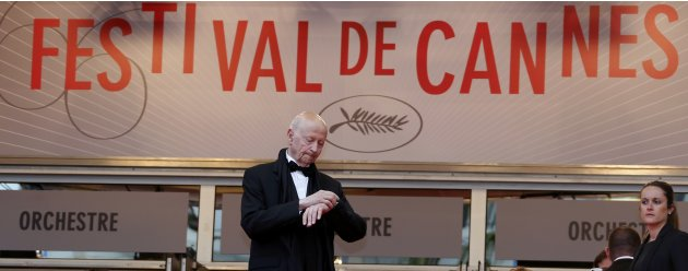 Cannes Film festival director Gilles Jacob stands in front the entrance of the Festival Palace before the screening of the film &quot;Inside Llewyn Davis&quot; in competition during the 66th Cannes Film Festiva