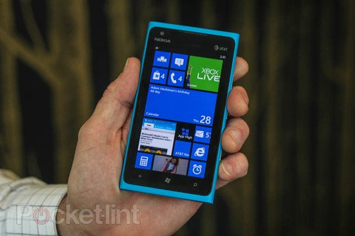 Microsoft: Bringing Windows Phone 8 features to Windows Phone 7 smartphones doesn't make sense. Phones, Windows Phone 8, Windows Phone 7, Nokia, Nokia Lumia 900, Nokia Lumia 800, Nokia Lumia 710, Nokia Lumia 610, HTC Titan II, Samsung Focus 2 0