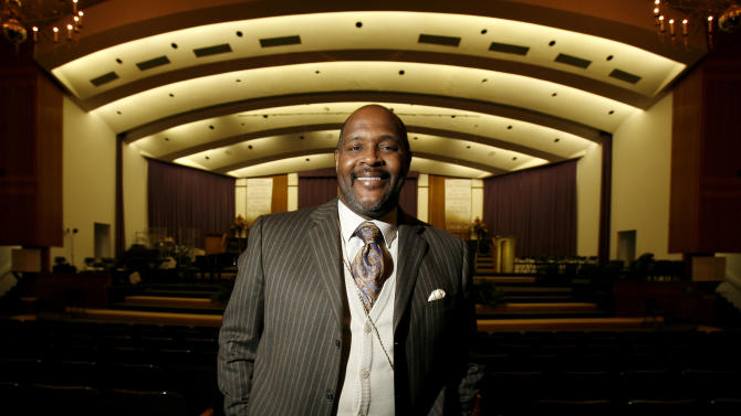 This March 17, 2008 photo shows Pastor Marvin Winans at the Perfecting Church in Detroit. Winans was assaulted and carjacked Wednesday afternoon, May 16, 2012 at a gas station on the city's west side. The suspects fled with an unknown amount of cash and Winans' SUV, police said. (AP Photo/Detroit News, David Guralnick)  DETROIT FREE PRESS OUT; HUFFINGTON POST OUT