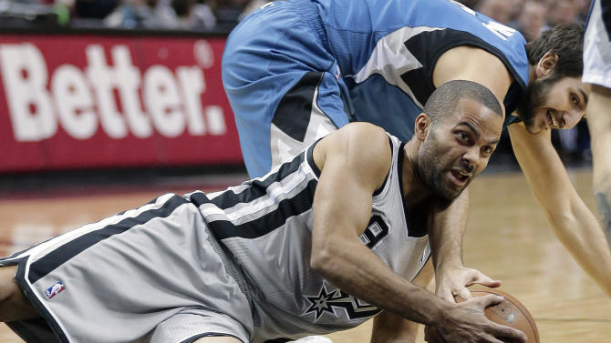 Parker helps Spurs keep 'Wolves at bay 117-110