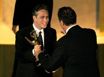 Jon Stewart, Brad Garrett 55th Annual Emmy Awards - 9/21/2003