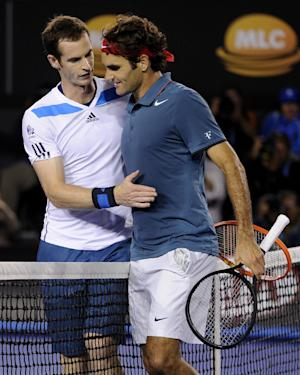 Federer sends off Murray, next up Nadal