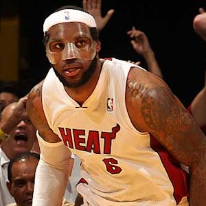 Lebron, Heat surging toward postseason