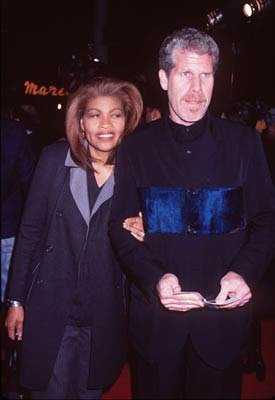 Ron Perlman and wife at the Westwood premiere of Miramax's Jackie Brown