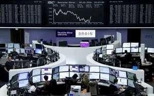 Wall Street inches lower, Europe shares sink on growth fears