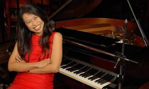 Yahoo! Singapore speaks to the versatile and dynamic local jazz singer, Michelle. (Photo courtesy of Michelle)