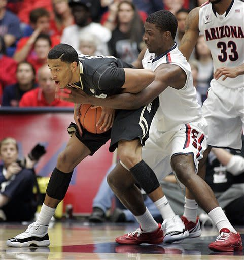 Perry lifts Arizona to 71-57 win over Colorado