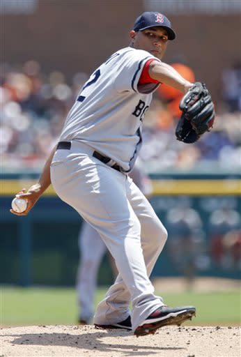 Tigers rally late to beat Red Sox 7-5