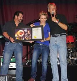 Hunter Hayes Inducted Into Louisiana Music Hall of Fame