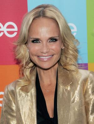 "FILE - In this Aug. 15, 2011 file photo, actress and singer Kristin Chenoweth poses before the ""Glee Sing-A-Long"" event at Santa Monica High School in Santa Monica, Calif. Actress Kristin Chenoweth has been taken to the hospital after suffering an injury on the set of the CBS drama ""The Good Wife"", Wednesday, July 11, 2012. (AP Photo/Chris Pizzello, file)"