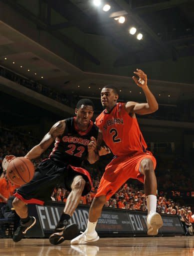 Ward, free throws help Auburn defeat Georgia 59-51