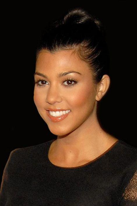 Kourtney Kardashian Defends Pregnant Dye-Job, But Did She Really Have To?