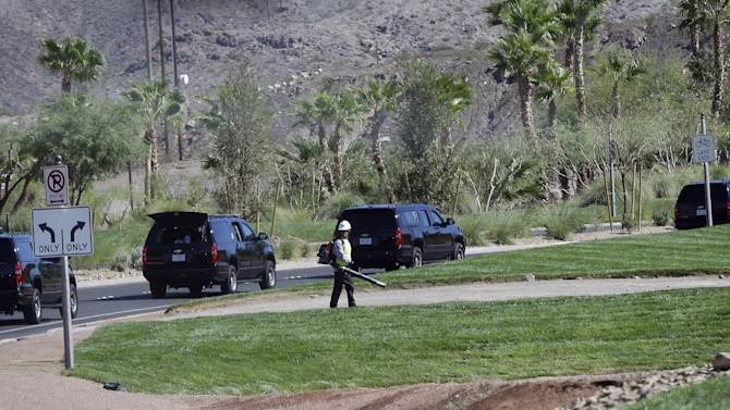 Rough economy in clear view for Obama on the road