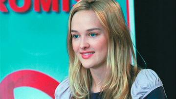 Jess Weixler in Roadside Attractions' Teeth